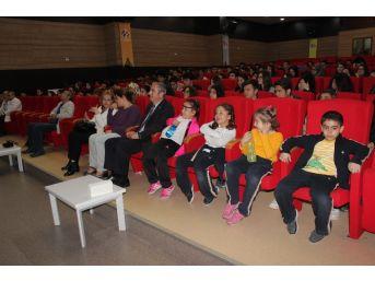 Elazığ'da Ygs'de İlk Bine Giren Öğrenciler Ödüllendirildi