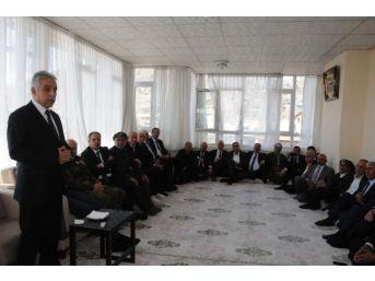 Hakkari'de Aşiret Liderleri Ve Kanaat Önderleri Ile Dayanışma Yemeği