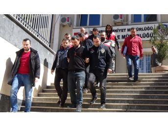 İstanbul'da Dolandırıcılık Operasyonu: 5 Gözaltı