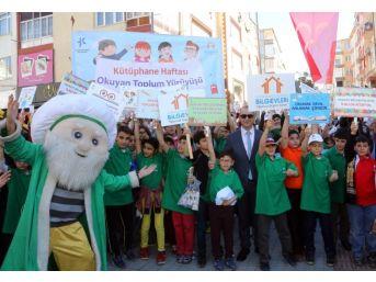 Küçükçekmece'den Köy Okullarına 41 Bin Kitap