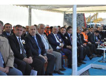 Bakan Ahmet Arslan Kağızman'da