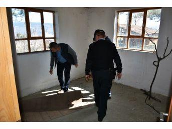 Tosya'da Metruk Binalar Didik Didik Arandı