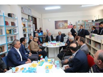Başkan Altay, Tyb Üyeleri İle Bir Araya Geldi
