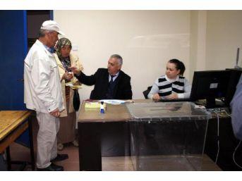 Zonguldak Havalimanı'nda Gurbetçiler Oy Kullandı