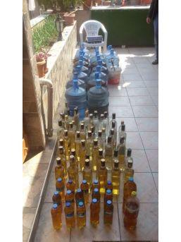 Evin Terasında Kaçak İçki Tesisi Bulundu