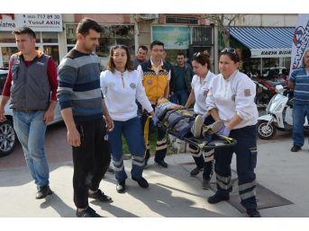 Milas'ta Motosikletin Çarptığı Çocuk Yaralandı