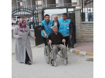 Konya'da Sağlık Ya Da Fiziki Engeli Olan Vatandaşlara Oy Kullanma Hizmeti