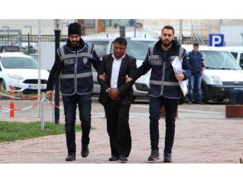 Sivas'ta Dolandırdı, Niğde'de Yakalandı (2)