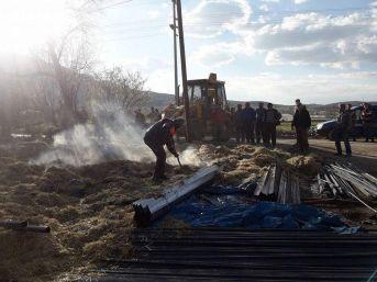 Gönüllü İtfaiye Ekibi Yangınlara Müdahale Ediyor