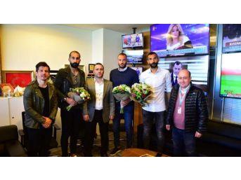 Medipol Başakşehirli Futbolcular Ve Basın Mensupları Bir Araya Geldi