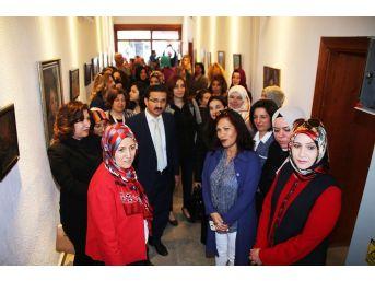 """Karaman'da """"savaşın Çocukları"""" Resim Sergisi Açıldı"""