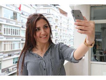 Doç. Dr. Akbaş: Selfie Çıktı Estetik Operasyonlar Arttı