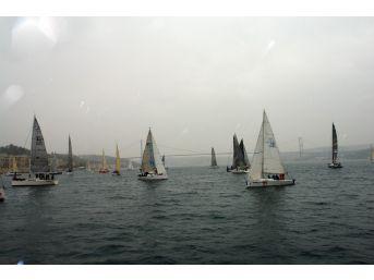 İstanbul Boğazı Yılın İlk Yarışına Sahne Oldu