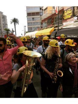 İzmir'deki 1 Mayıs Kutlamaları Coşkulu Başladı (4)