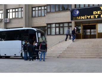 Fetö'nün Mahrem Imamları Operasyonunda 14 Tutuklama