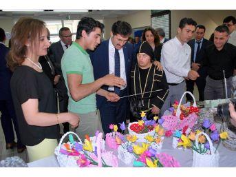 Salihli'de Özel Öğrencilerden Özel Sergi