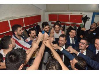 Balıkesir Karesispor 1'inci Lig Aşkına