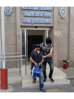 Oto Hırsızı İzmir'de Yakayı Ele Verdi