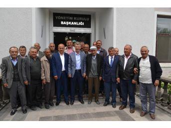 Başkan Akay'a Yenipazar Bölge Çiftçilerinden Destek