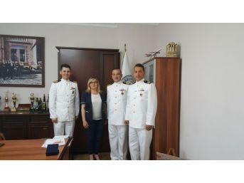 Askeri Gemiler Güllük'te