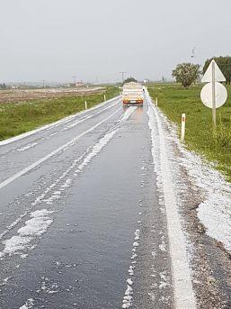 Sandıklı'da Şiddetli Yağış Ekili Alanlara Zarar Verdi