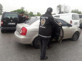Ankara'da Yol Kesip Silahla Havaya Ateş Eden 4 Şehir Magandası Yakalandı