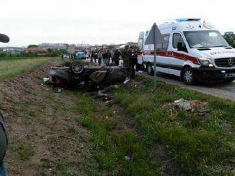 Polatlı'da Takla Atan Otomobildeki Aynı Aileden 4 Kişi Öldü