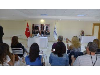 Yazar Ebru Güneş, Kuto'da Söyleşi Yaptı, İmza Gününe Katıldı