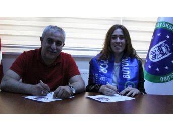 Cansu Aydınoğulları Bursa Büyükşehir Belediyespor'Da
