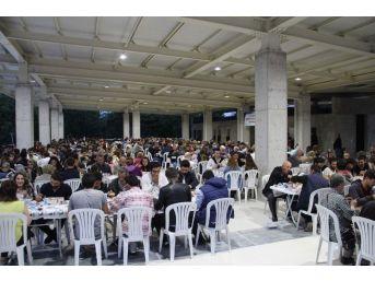Biga'da İlk İftar Yemeği Yoğun İlgi Gördü