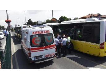 Metrobüs Bariyere Çarptı;5 Yaralı (1)