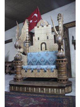 (özel Haber) Kayserili Zanaatkâr İstanbul'un Fethi Temalı Koltuk Tasarladı