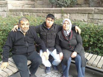 Yemin Törenine Giden Aile Büyük Acı Yaşadı