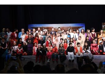 Tiyatro Drama Okulu Öğrencileri Hünerlerini Sergiledi