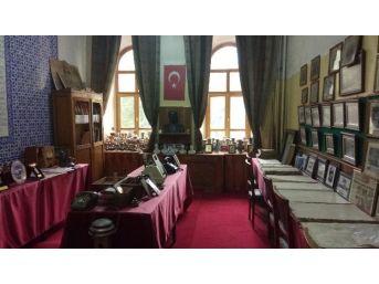 Kütahya Lisesi Müzesi Tarihe Işık Tutuyor