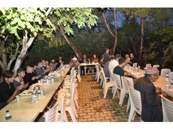 Başkan Çerçi İlk İftarını Uzunburunlu Vatandaşlarla Açtı