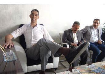 Dünyanın En Uzun Adamı Kösen: Türkiye'De Hak Ettiğim Değeri Görmüyorum
