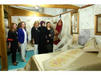 Samek'in Yılsonu Sergisi Açıldı
