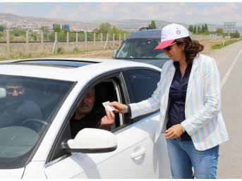 Sivas'ta Kadınlar Trafik Uygulaması Yaptı