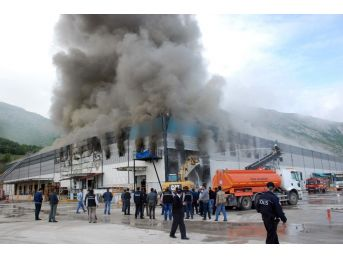 Marketler Zincirinin Bölge Deposundaki Yangın