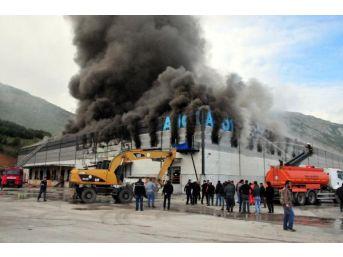 Tokat'ta Organize Sanayi Bölgesinde Yangın (1)