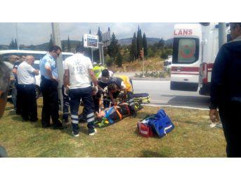 Söke'de Trafik Kazası: 3 Yaralı