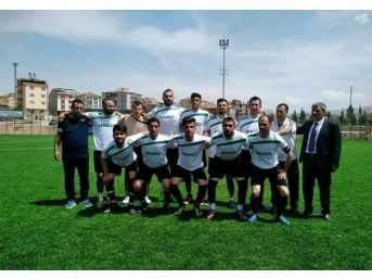 Pütürge Belediyespor Ligi Şampiyon Tamamladı
