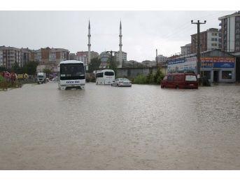 Çerkezköy'de Yollar Göle Döndü
