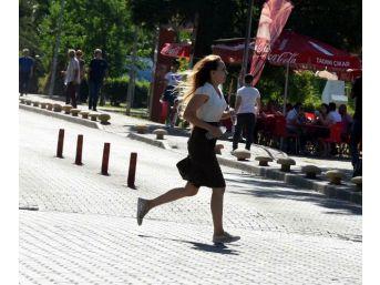 İzmir'de Lys Maratonuna Devam