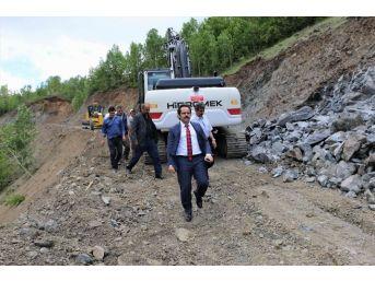 Köy Yollarının Tehlikeli Virajları Kaldırılıyor