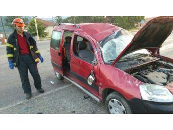 Zonguldak'ta Hafif Ticari Araç Takla Attı: 5 Yaralı