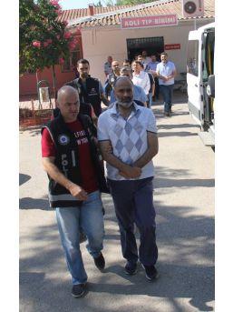 Fetö'den Adliyeye Sevk Edilen 11 Polisten 2'si Tutuklandı