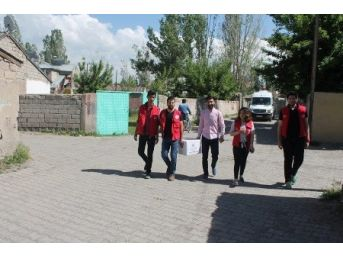 Ağrı Gençlik Merkezi'nden İhtiyaç Sahibi Ailelere Gıda Yardımı