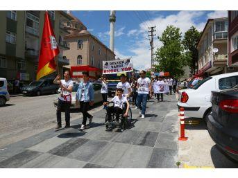 Engelli Hakları İçin Yürüdüler